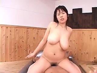 Sensuous Japanese masseuse..