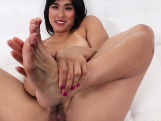 Mia Li Foot Good-luck piece..