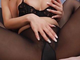 lesbian pantyhose lovers