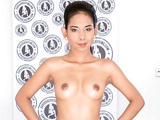LETSDOEIT - Petite Asian Tot..