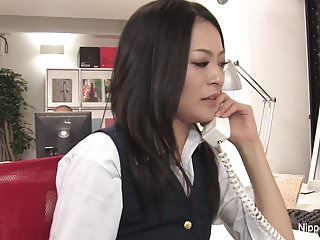 Hot young copier gets her..