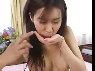 Japanese Cutie Nanjo Sucks..
