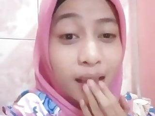 Pretty indonesian maid