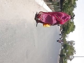 indian big ass gujju in saree