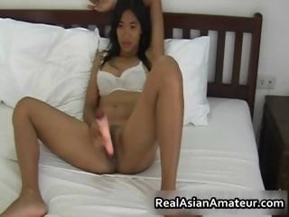 Hairy pussy asian hottie..