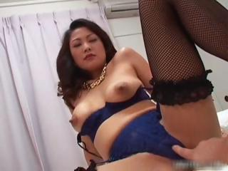 Busty japanese girl nearly..