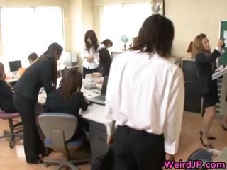 Super horny japanese babes..